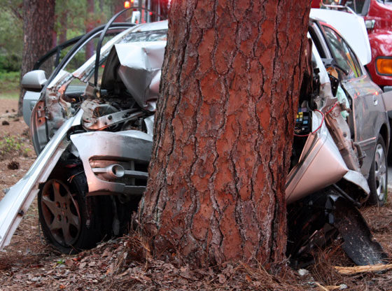 man dies Pinehurst car crash